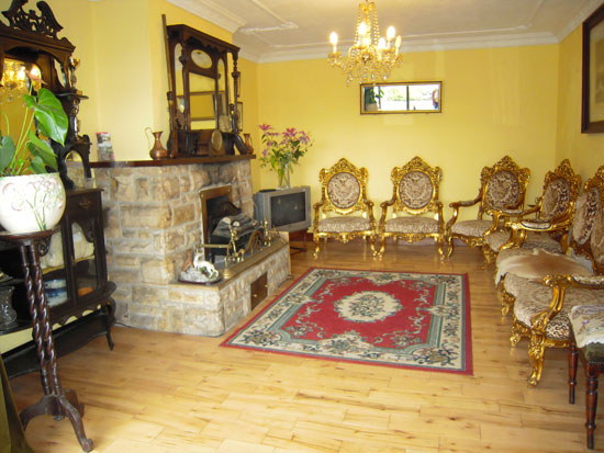 Guest-lounge - Bed and Breakfast Guest House, Belturbet, Cavan, Ireland - Ford House